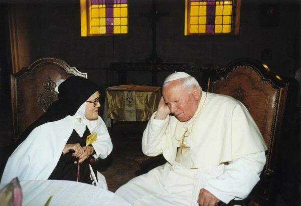 Sister Lucia, John Paul II, Fatima Controversy
